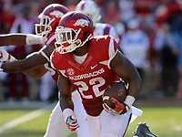 9/3/16<br /> Arkansas Democrat-Gazette/STEPHEN B. THORNTON<br /> Arkansas' 'Rawleigh Williams III runs during the third quarter of their game Saturday Sept. 3, 2016 in Fayetteville, Ark.
