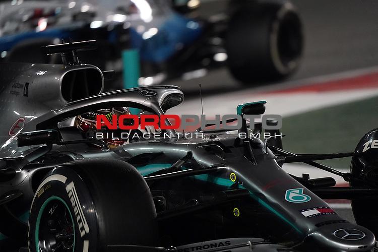 01.12.2019, Yas Marina Circuit, Abu Dhabi, FORMULA 1 ETIHAD AIRWAYS ABU DHABI GRAND PRIX 2019<br />, im Bild<br />Lewis Hamilton (GB#44), Mercedes-AMG Petronas Motorsport<br /> <br /> Foto © nordphoto / Bratic