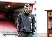 30th September 2017, Vitality Stadium, Bournemouth, England; EPL Premier League football, Bournemouth versus Leicester; Jamie Vardy of Leicester takes a look at The Vitality Stadium before kick off