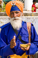 Sika Hindu religious man at Bangla Shib Gurudwara Sika Great Temple, New Delhi India