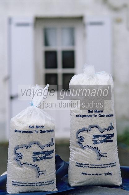Europe/France/Pays de la Loire/44/Loire-Atlantique/Kervalet: Sel de Guérande sur un étal