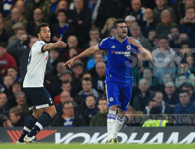 Tottenham's Mousa Dembele tussles with Chelsea?s Diego Costa during the Barclays Premier League match at Stamford Bridge Stadium.  Photo credit should read: David Klein/Sportimage