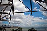 CONSTRUCCION DEL BIOMUSEO (Edificio Puente de Vida).Photography by Aaron Sosa.Panama City, Panama 2011.(Copyright © Aaron Sosa/Istmophoto)