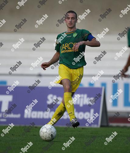 2007-08-04 / Voetbal / Sint-Lenaarts / Juri Meyvis
