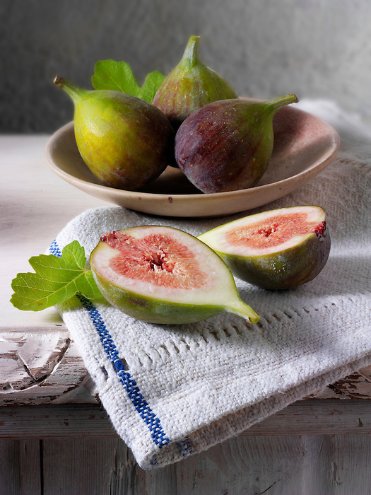 fresh fig halves