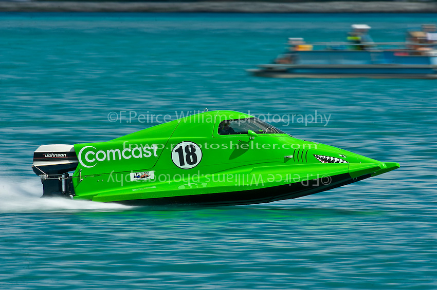 8-10 August 2008  Algonac, MI USA.Jason Nelson practices in his SST-45 class boat Friday afternoon in Algonac..©F.Peirce Williams 2008