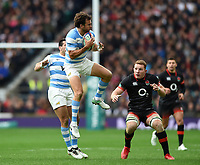 Juan Martin Hernandez of Argentina claims the ball in the air. Old Mutual Wealth Series International match between England and Argentina on November 11, 2017 at Twickenham Stadium in London, England. Photo by: Patrick Khachfe / Onside Images