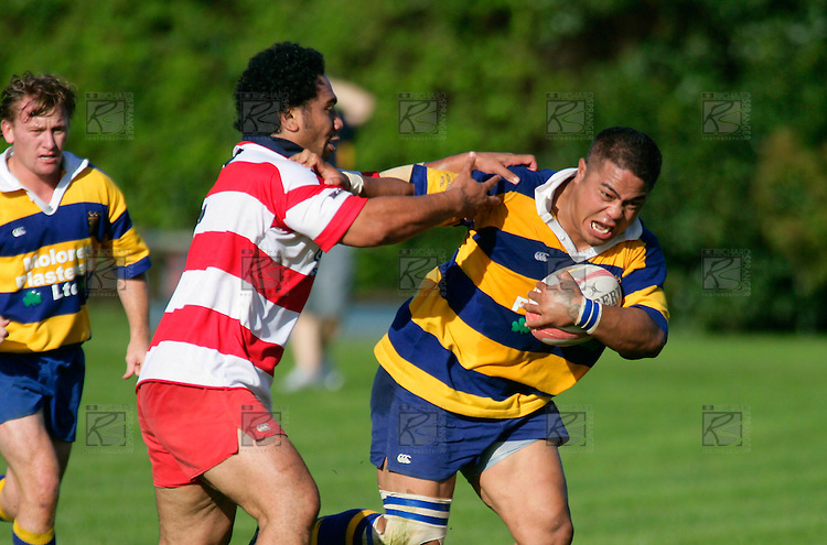 S. Heather manages to grab the Patumahoe hooker as he charges past. Counties Manukau Premier Club Rugby, Patumahoe vs Karaka played at Patumahoe on Saturday 22nd April 2006. Karaka won 19 - 6.