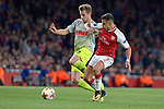 14.09.2017, Emirates Stadium, London, GER, Europa League, Arsenal London vs 1. FC Koeln, im Bild<br /> <br /> im Zweikampf von links: Lukas Kl&uuml;nter / Kluenter ( Koeln #24 ), Alexis Sanchez ( Arsenal #7 )<br /> <br /> <br /> Foto &copy; nordphoto / Treese