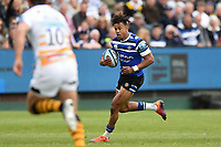 Anthony Watson of Bath Rugby goes on the attack. Gallagher Premiership match, between Bath Rugby and Wasps on May 5, 2019 at the Recreation Ground in Bath, England. Photo by: Patrick Khachfe / Onside Images