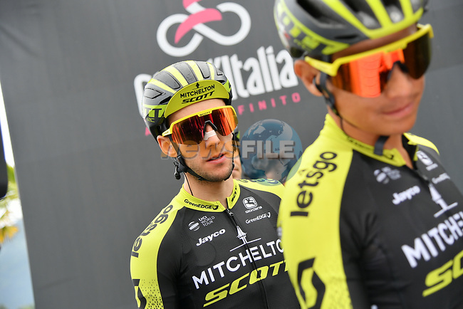 Simon Yates (GBR) and Esteban Chaves (COL) Mitchelton-Scott at sign on before Stage 16 of the 2019 Giro d'Italia, running 194km from Lovere to Ponte di Legno, Italy. 28th May 2019<br /> Picture: Gian Mattia D'Alberto/LaPresse | Cyclefile<br /> <br /> All photos usage must carry mandatory copyright credit (© Cyclefile | Gian Mattia D'Alberto/LaPresse)