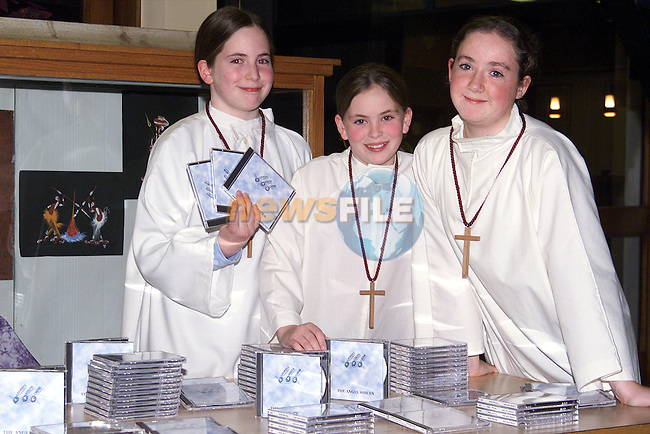 Roslyn Kelly, Bronwyn Dunne and Karen O'Malley at the launch of the Lourdes Youth Choir's CD ' The Angel Voices'.Picture: Paul Mohan/Newsfile