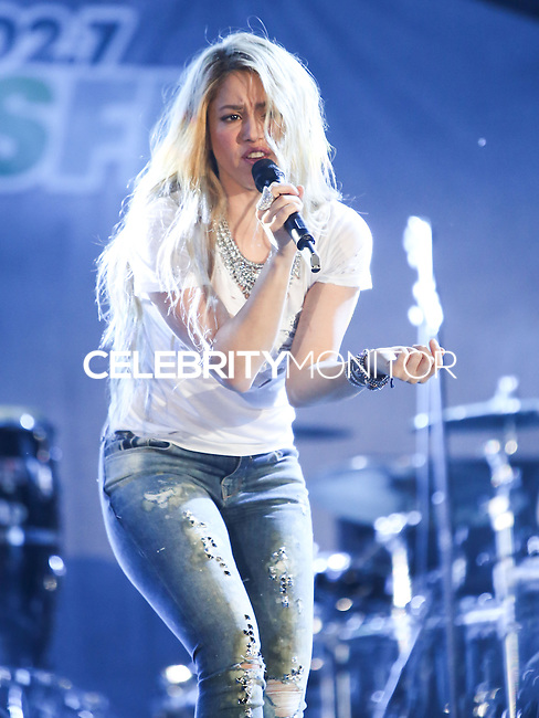 CARSON, CA, USA - MAY 10: Shakira performs at 102.7 KIIS FM's 2014 Wango Tango at StubHub Center on May 10, 2014 in Carson, California, United States. (Photo by Xavier Collin/Celebrity Monitor)