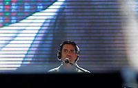 RIO DE JANEIRO, RJ, 01 DE JANEIRO 2012 - REVEILLON PRAIA DE COPACABANA - Apresentacao cantor Latino no show da Virada na praia de Copacabana no Rio de Janeiro. (FOTO: KAREN CANUTO - NEWS FREE).