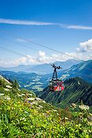 Austria, Vorarlberg, Kleinwalsertal, Mittelberg: Walmendingerhorn cable car and the Allgaeu Alps | Oesterreich, Vorarlberg, Kleinwalsertal, Mittelberg: die Walmendingerhornbahn und das Panorama der Allgaeuer Alpen
