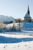 Deutschland, Bayern, Oberbayern, Chiemgau, Inzell Ortsteil Einsiedl: Winterlandschaft im Chiemgau | Germany, Upper Bavaria, Chiemgau, Inzell district Einsiedl: winter landscape