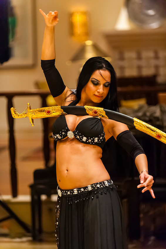 Bellydancer, Movenpick Resort & Spa Dead Sea, Sweimeh, at the Dead Sea, Jordan.