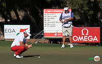 Andy Sullivan (ENG) putting on the 14th  during the Final Round of the 2016 Omega Dubai Desert Classic, played on the Emirates Golf Club, Dubai, United Arab Emirates.  07/02/2016. Picture: Golffile | David Lloyd<br /> <br /> All photos usage must carry mandatory copyright credit (&copy; Golffile | David Lloyd)