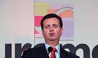 SAO PAULO, SP, 16 DE JANEIRO DE 2012 - COUROMODAS - O prefeito de Sao Paulo Gilberto Kassab durante abertura da Feira Couromoda, no pavilhao de Exposicao do Anhembi zona norte da cidade, nesta manha de segunda-feira (16). FOTO: RICARDO LOU - NEWS FREE.