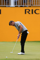 Robert Rock (ENG) on the 18th tee during Round 3 of the Maybank Malaysian Open at the Kuala Lumpur Golf & Country Club on Saturday 7th February 2015.<br /> Picture:  Thos Caffrey / www.golffile.ie