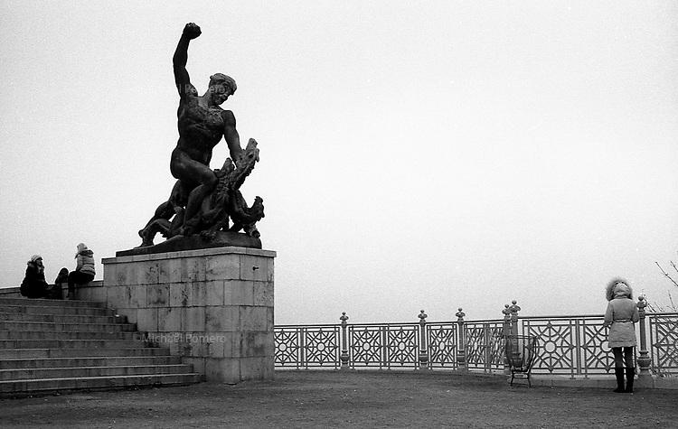 (19...25).12. 2013     Budapest (Hungary)<br /> <br /> Monument de la libert&eacute; sur le mont Gellert.<br /> <br /> Freedom monument on gellert hill.