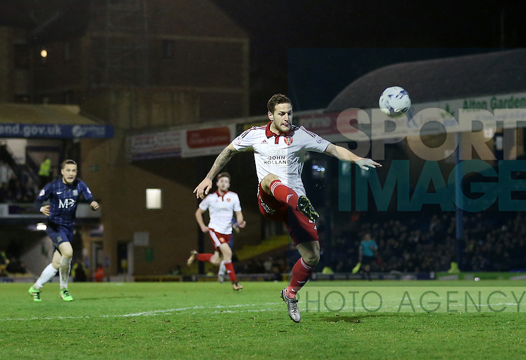 Sheffield United's Billy Sharp puts his best chance over the bar during the League One match at Roots Hall Stadium.  Photo credit should read: David Klein/Sportimage