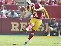 Washington Redskins kicker Dustin Hopkins (3) kicks-off after his team scored a touchdown in the first quarter against the Cleveland Browns at FedEx Field in Landover, Maryland on October 2, 2016.<br /> Credit: Ron Sachs / CNP /MediaPunch ***EDITORIAL USE ONLY***