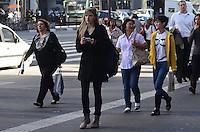 SAO PAULO, 02 DE JULHO DE 2012 - CLIMA TEMPO SP - Manha de tempo aberto e temperaturas em elevacao na Avenida Paulista, regiao central da capital. FOTO: ALEXANDRE MOREIRA - BRAZIL PHOTO PRESS