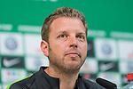 10.05.2018, Weserstadion, Bremen, GER, 1.FBL, Pressekonferenz Werder Bremen, <br /> <br /> im Bild<br /> Florian Kohfeldt (Trainer SV Werder Bremen), <br /> <br /> Foto &copy; nordphoto / Ewert