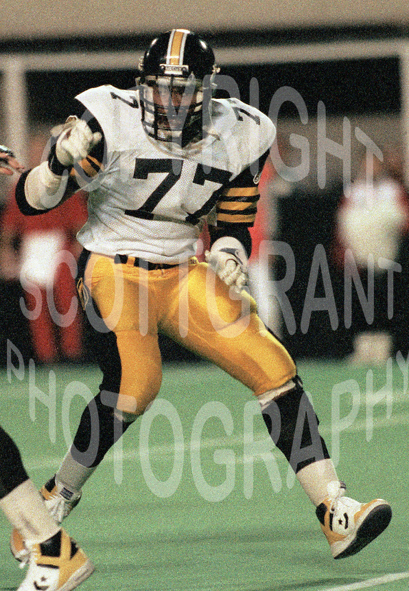 Grover Covington Hamilton Tiger Cats 1986. Copyright photograph Scott Grant