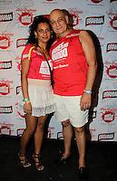 SAO PAULO, SP, 24 DE FEVEREIRO 2012 - CAMAROTE BAR BRAHMA - O ator Tadeu Di Pietro com a esposa Aline Damasio sao vistos no Camarote Bar Brahma, na noite do Desfile das Campeas do Carnaval de Sao Paulo, na noite desta sexta, 24 no Sambodromo do Anhembi regiao norte da capital paulista. (FOTO: MILENE CARDOSO - BRAZIL PHOTO PRESS).