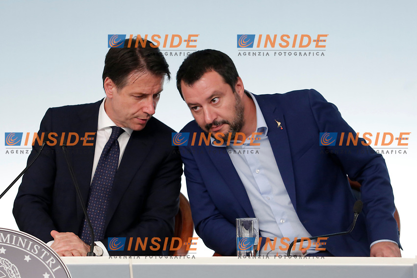 Giuseppe Conte, Matteo Salvini <br /> Roma 15/10/2018. Consiglio dei Ministri sulla Manovra Economica DEF.<br /> Rome October 15th 2018. Minister's Cabinet about the Economic and Financial Document.<br /> Foto Samantha Zucchi Insidefoto