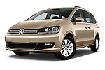 Stock pictures of low aggressive front three quarter view of 2016 Volkswagen Sharan Confortline 5 Door Minivan Low Aggressive