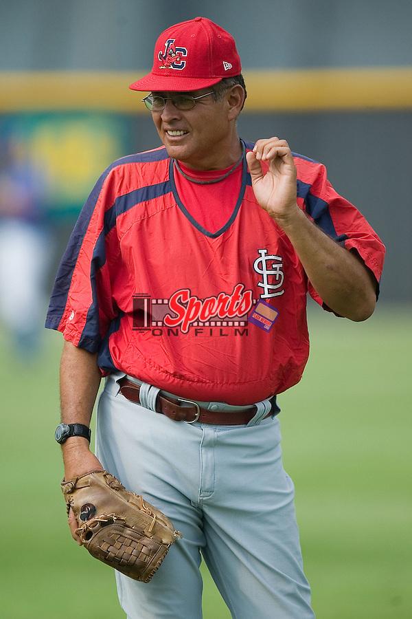 Johnson City pitching coach Sid Monge at Burlington Athletic Park in Burlington, NC, Sunday, July 15, 2007.
