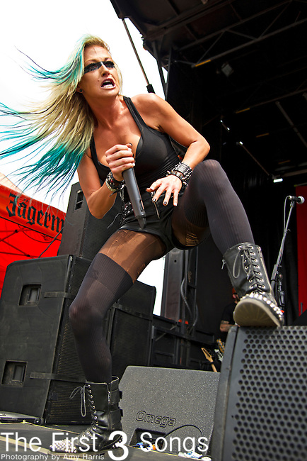 Heidi Shepherd of Butcher Babies performs during the 2013 Mayhem Festival at Klipsch Music Center in Indianapolis, Indiana.