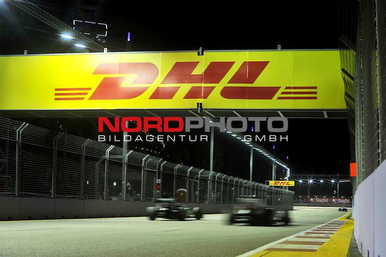 19.-22.09.2013, Marina-Bay-Street-Circuit, Singapur, SIN, F1, Grosser Preis von Singapur, Singapur, DHL Branding<br />  Foto &copy; nph / Mathis