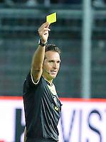 L arbitro Luca Banti durante l'incontro di calcio di Serie A   Frosinone - Torino  allo  Stadio Matusa di   di Frosinone ,23 Agosto 2015