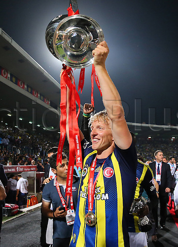 22.05.2013. Ankara, Turkey.  Turkish Cup Final Match between Fenerbahce   and Trabzonspor   in Ankara Turkey  The match finished Fenerbahce 1 Trabzonspor 0  Fenerbahce Players Celebrate After The Match Dirk Kuyt
