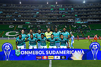 PALMIRA - COLOMBIA, 11-02-2020: Jugadores del Cali posan para una foto previo al partido de ida entre Deportivo Cali de Colombia y River Plate of Paraguay, por la Copa Conmebol Sudamericana 2020 en el estadio Deportivo Cali de la ciudad de Palmira (Palmaseca). / Players of Cali pose to a photo prior a match between Deportivo Cali of Colombia and River Plate of Paraguay, for the Conmebol Sudamericana Cup 2020 at the Deportivo Cali Stadium in Palmira (Palmaseca) city. / Photo: VizzorImage / Nelson Ríos / Cont.