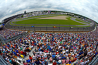 Verizon IndyCar Series<br /> Indianapolis 500 Race<br /> Indianapolis Motor Speedway, Indianapolis, IN USA<br /> Sunday 28 May 2017<br /> Turn One: Helio Castroneves, Team Penske Chevrolet, Fernando Alonso, McLaren-Honda-Andretti Honda, Tony Kanaan, Chip Ganassi Racing Teams Honda<br /> World Copyright: F. Peirce Williams<br /> LAT Images