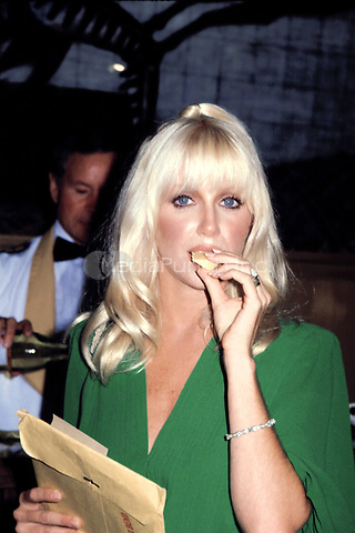 Suzanne Somers<br /> eating cheese<br /> September 5, 1979<br /> &copy; Nancy Barr  / MediaPunch