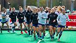 ROTTERDAM - Warming up USA   tijdens de Pro League hockeywedstrijd dames, Nederland-USA  (7-1) .   COPYRIGHT  KOEN SUYK