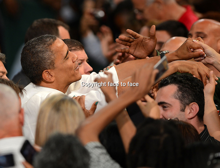 US President Barack Obama remarks during a Grassroots campaign event at the University of Miami, Coral Gables, Florida, 11.10.2012...Credit: MediaPunch/face to face..- Germany, Austria, Switzerland, Eastern Europe, Australia, UK, USA, Taiwan, Singapore, China, Malaysia and Thailand rights only -