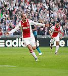 Nederland, Amsterdam, 25 maart 2012.Eredivisie .Seizoen 2011-2012.Ajax-PSV.Siem de Jong van Ajax juicht nadat hij een doelpunt heeft gemaakt, 2-0