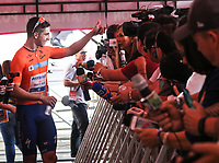LA CEJA - COLOMBIA, 13-02-2019: Alvaro HODEG (COL), Deceuninck - Quick Step Floors, habla con la prensa como líder general después de la segunda etapa del Tour Colombia 2.1 2019 con un recorrido de 150.5 Km, que se corrió entre La Ceja Canadá - Carmen de Viboral - Rionegro - Canadá - La Ceja. / Alvaro HODEG (COL), Deceuninck - Quick Step Floors, talk to the press as general leader after  the second stage of 150.5 km of Tour Colombia 2.1 2019 that ran through La Ceja Canada - Carmen de Viboral - Rionegro - Canada - La Ceja.  Photo: VizzorImage / Fedeciclismo Prensa