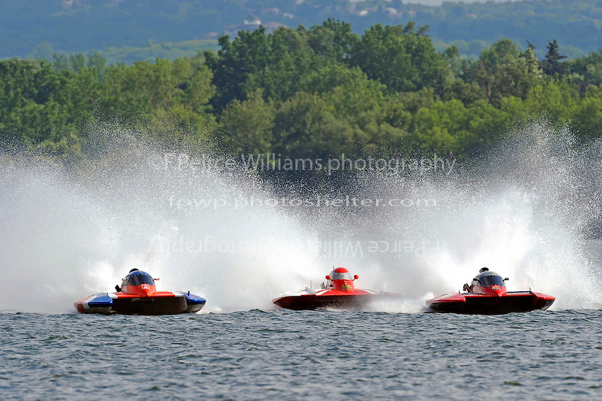 "Richard Haineault, CE-2, Keith Joslyn, E-500 ""Cents Less 14"" & Norman Emsbury, CE-99, 5 Litre class hydroplanes.Syracuse Hydrofest, Onondaga Lake, Syracuse, NY.20/21 June, 2009, Dayton, OH USA..©F. Peirce Williams 2009 USA.F.Peirce Williams.photography.ref: RAW (.NEF) File Available"