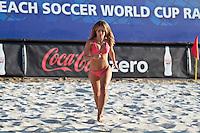 RAVENNA, ITALIA, 10 DE SETEMBRO 2011 - MUNDIAL BEACH SOCCER / EL SALVADOR X RUSSIA - Dançarinas se apresenta durante o intervalo da partida entre El Salvador x Rússia, válida pelas válida pela semi-final da Copa do Mundo de Beach Soccer no Estádio Del Mare, em Ravenna, Itália neste sábado (10).FOTO: VANESSA CARVALHO - NEWS FREE.