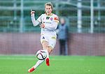 Solna 2015-10-11 Fotboll Damallsvenskan AIK - FC Roseng&aring;rd :  <br /> Roseng&aring;rds Emma Berglund i aktion under matchen mellan AIK och FC Roseng&aring;rd <br /> (Foto: Kenta J&ouml;nsson) Nyckelord:  Damallsvenskan Allsvenskan Dam Damer Damfotboll Skytteholm Skytteholms IP AIK Gnaget  FC Roseng&aring;rd portr&auml;tt portrait