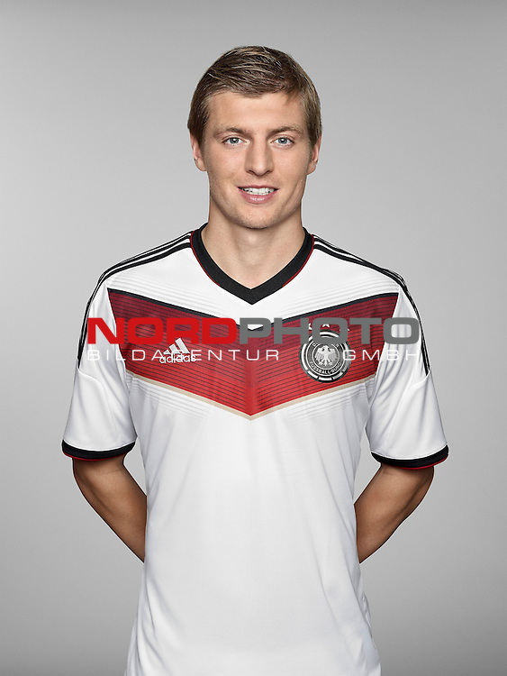 ST. MARTIN IN PASSEIER, ITALY - MAY 24: In this handout image provided by German Football Association (DFB) Toni Kroos of team Germany poses for a picture on May 24, 2014 in St. Martin in Passeier, Italy.   Foto © nph / Hangout  *** Local Caption *** Toni Kroos
