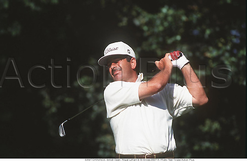 SAM TORRANCE (SCO), British Open, Royal Lytham & St Annes,960718. Photo: Neil Tingle/ Action Plus...1996.Titleist .golf.golfer golfers